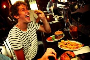 הבורגרים של ביל. יש גם בר. צילום מתוך: billsbarandburger.com