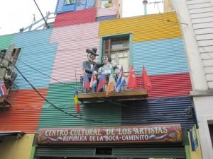 הבתים הצבעוניים בשכונת לה בוקה