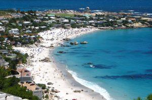 חוף קליפטון. צילום מתוך cliftonsharkfiles.com