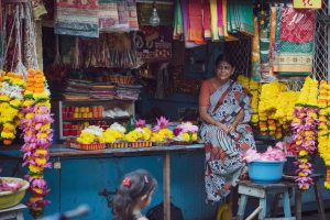 שווקים בהודו, םלטת צבעים. צילום: מקס מורון